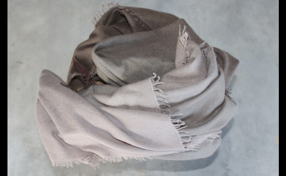 FADING GREY FELTED SCARF